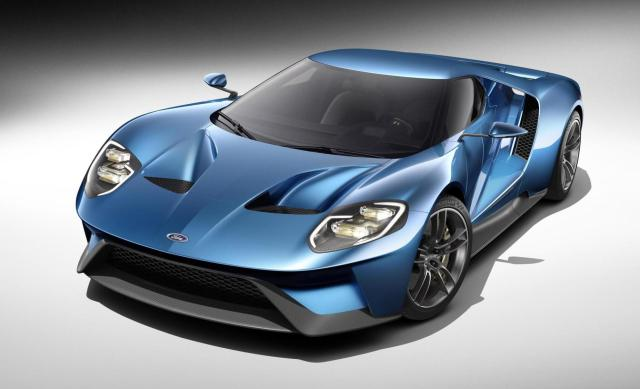 Ford has unveiled the all-new GT, an ultra-high-performance supercar that serves as a technology showcase for top performance, aerodynamics and lightweight carbon fibre construction.