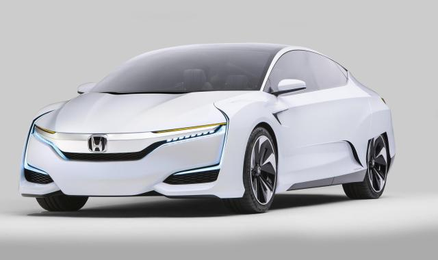 The next-generation Honda FCV Concept made its North American debut at the Detroit Motor Show. It showcases the styling evolution of Honda's next zero emissions fuel-cell vehicle, which is due to be launched in Japan in March 2016, followed by the US and Europe.